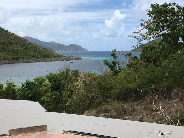 LOCATION, Location, location in Estate Annaberg. within walking distance to Francis Bay Beach!