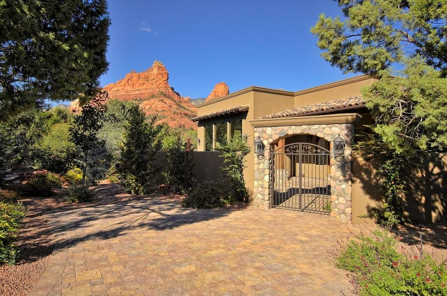 30  Canyon Shadows Sedona, AZ 86336