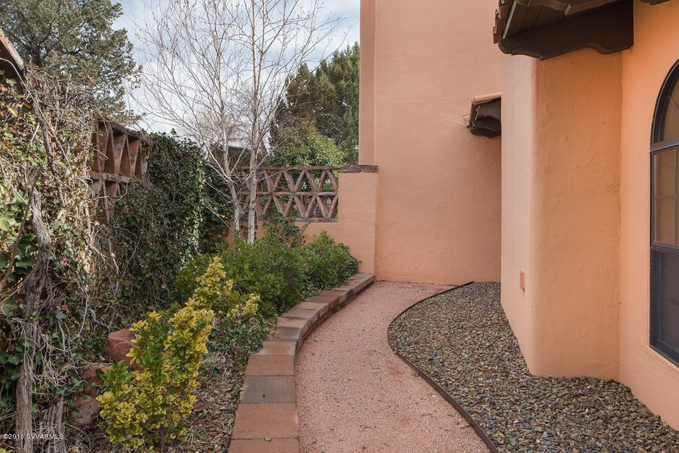 50  Rim Trail Circle Sedona, AZ 86351