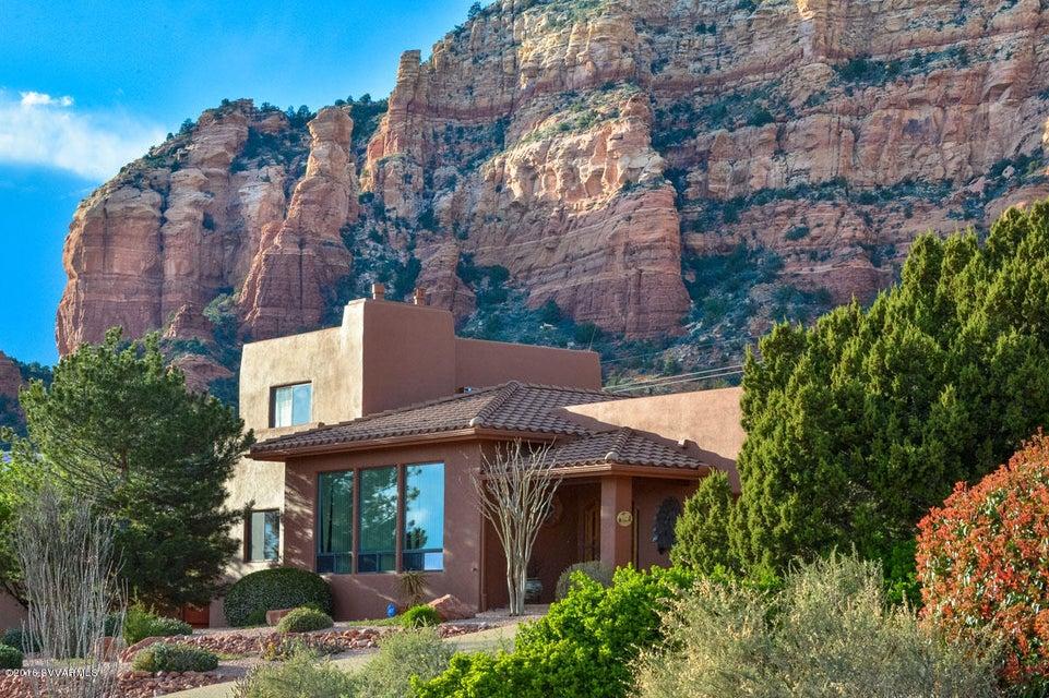 30 sunshine court sedona az real estate westward 30 for Sedona luxury cabins