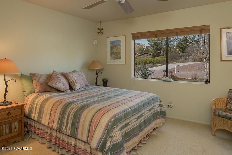 30  Red Rock Cove Drive Sedona, AZ 86351