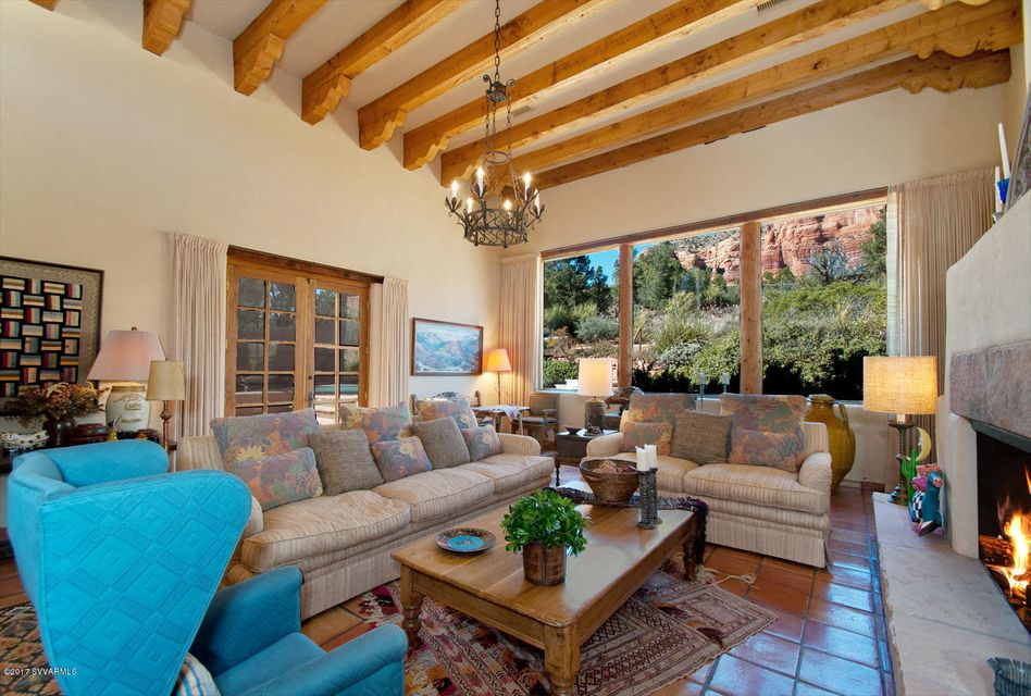 1235  Lee Mountain Sedona, AZ 86351