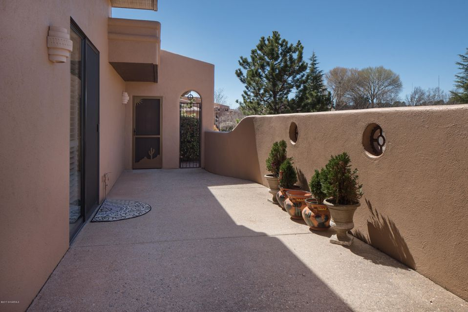 130  Arroyo Seco Drive Sedona, AZ 86336