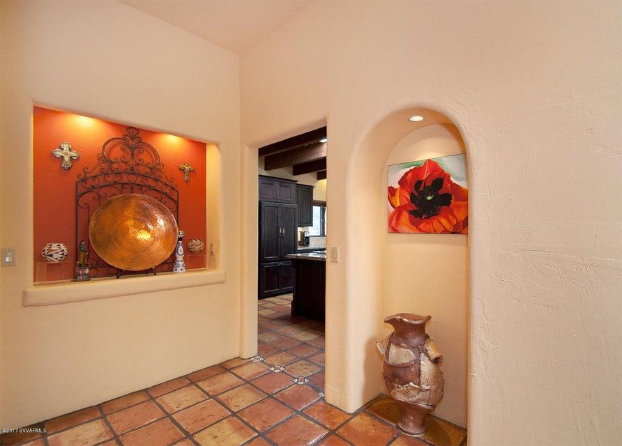 95 N Highland Drive Sedona, AZ 86351