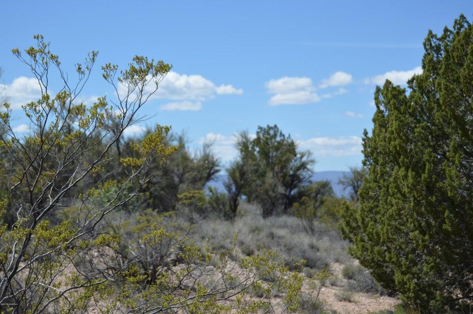 4150 E Gray Hawk Lake Montezuma, AZ 86342