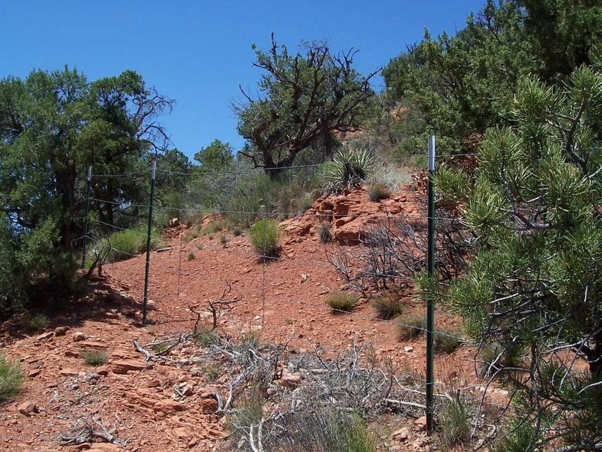 1525  Lee Mountain Sedona, AZ 86351