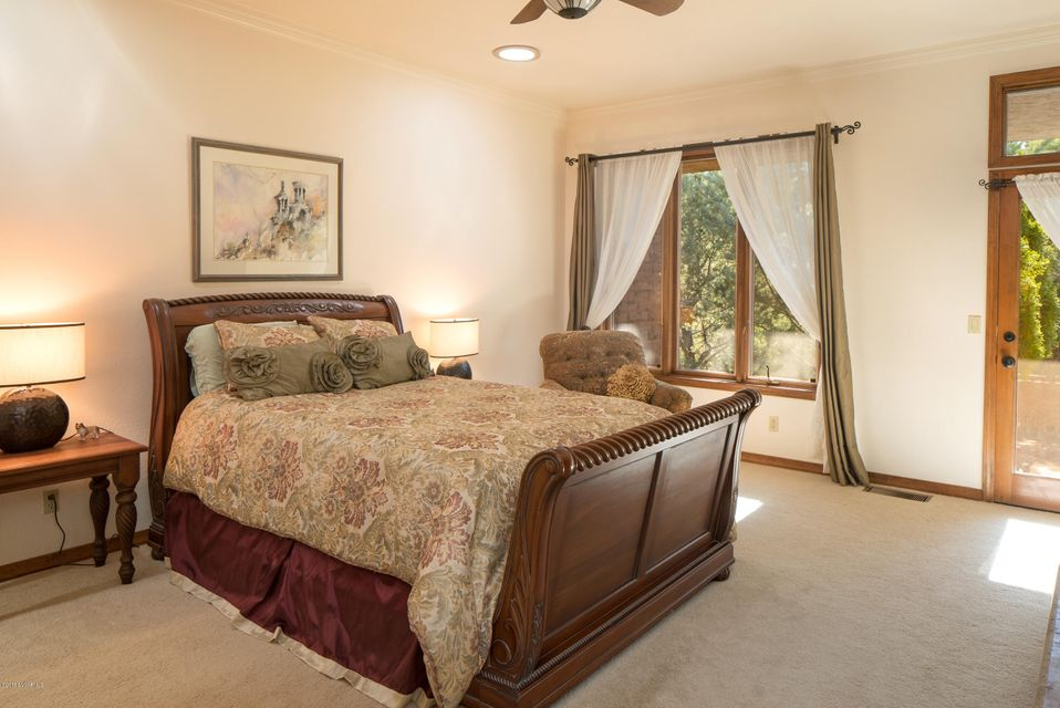 390  Shadow Rock Drive Sedona, AZ 86336
