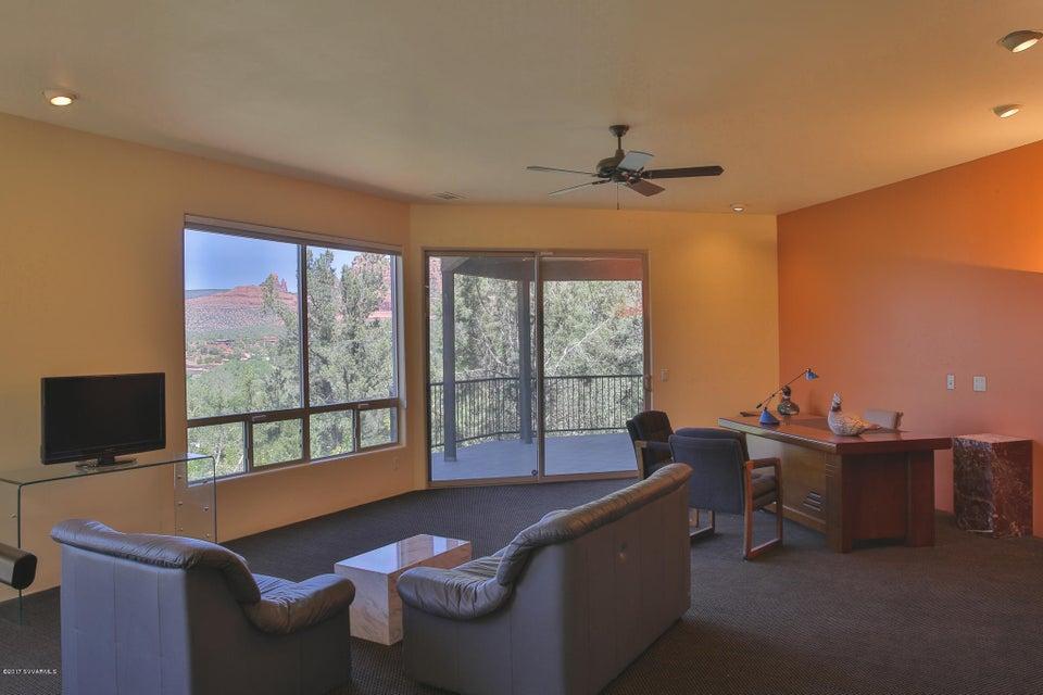 70  Sheath Drive Sedona, AZ 86336