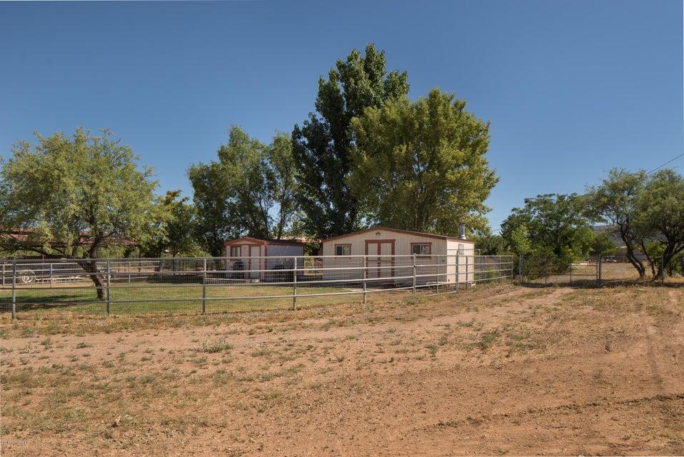 370 S El Rancho Bonito Rd Cornville, AZ 86325