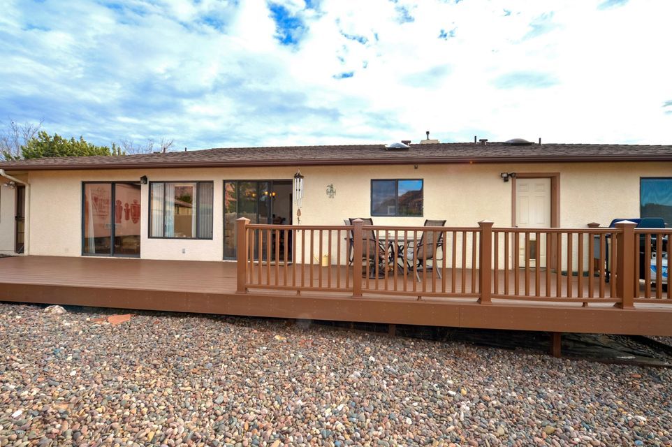 25  Rainbow Rock Rd Sedona, AZ 86351