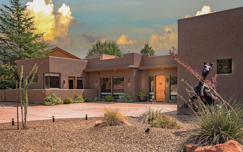 57  Pinon Woods Drive Sedona, AZ 86351