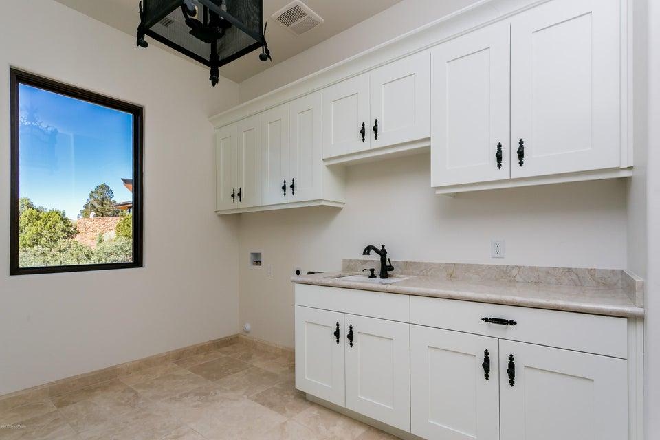 35  Rosemary Court Sedona, AZ 86336