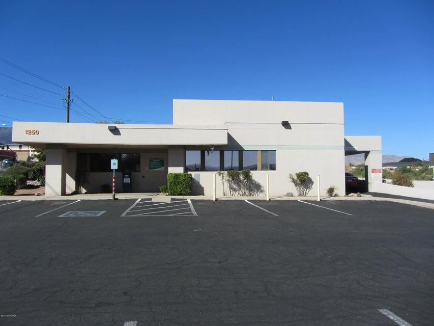 1250  Az-89A Cottonwood, AZ 86326