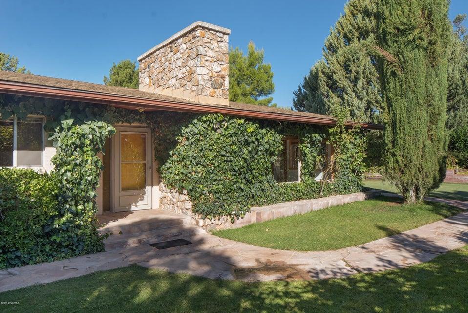 335  Pinon Drive Sedona, AZ 86336