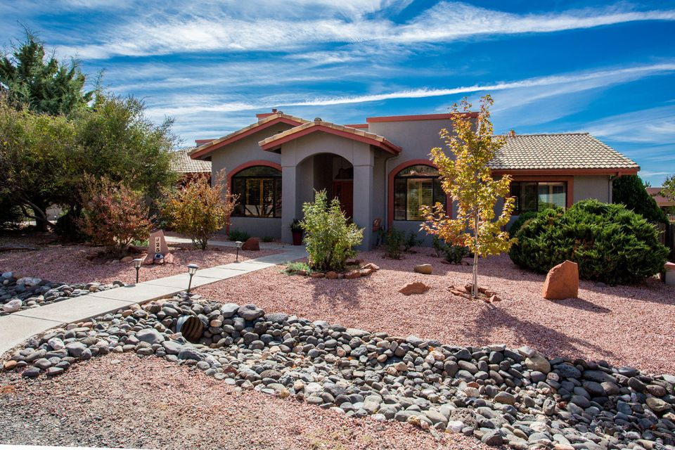 Sedona homes for sale 500 000 to 600 000 sedona real for Cost to build a house in arizona
