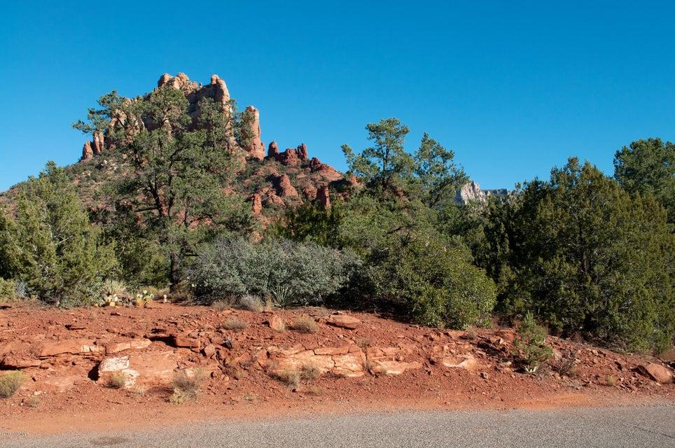 60  Forest View Sedona, AZ 86336