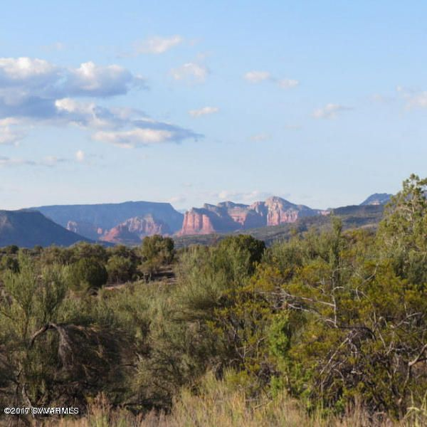 4190 E Gray Hawk Rimrock, AZ 86335