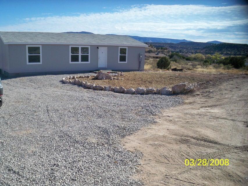 5725 N Brittney Lane Rimrock, AZ 86335