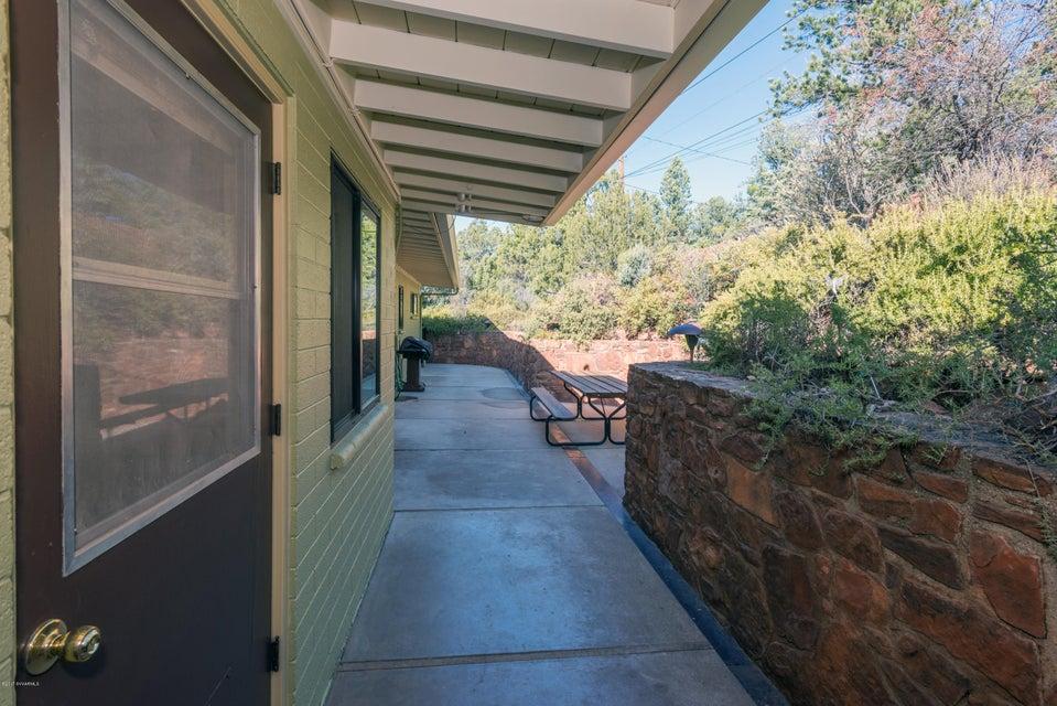 25  Cactus Drive Sedona, AZ 86336