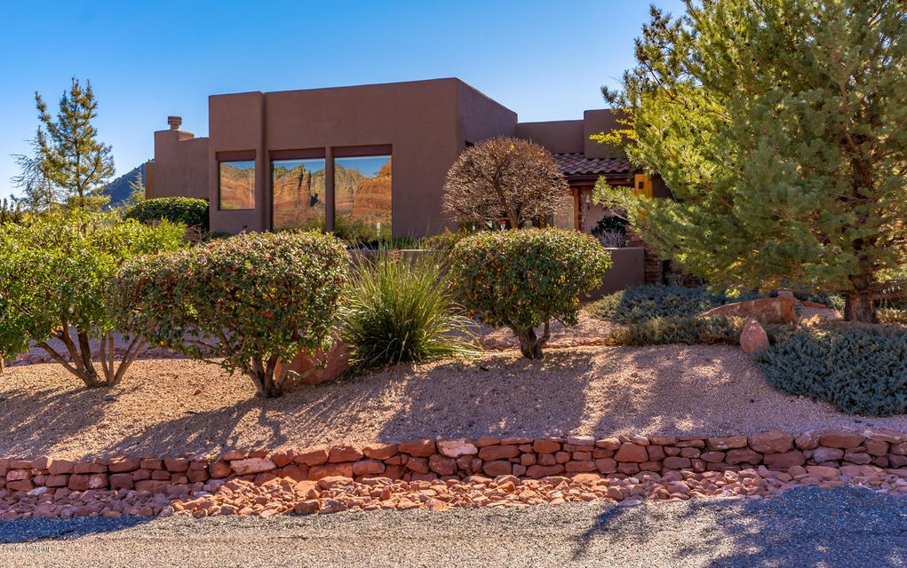 345  Deer Pass Drive Sedona, AZ 86351