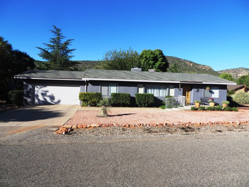 195  Gunsight Hills Drive Sedona, AZ 86351