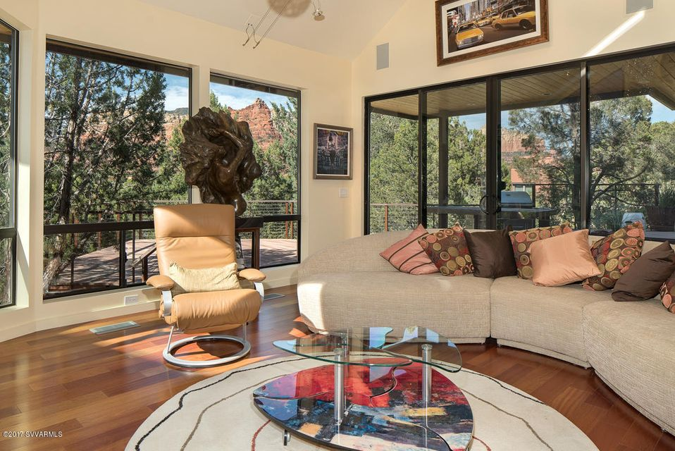 160  Shadow Rock Drive Sedona, AZ 86336