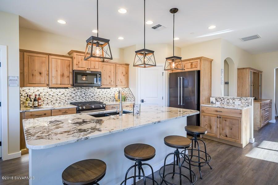 1570  Chateau Drive Cottonwood, AZ 86326