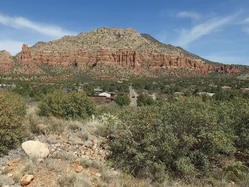 2930  Valley Vista Sedona, AZ 86351
