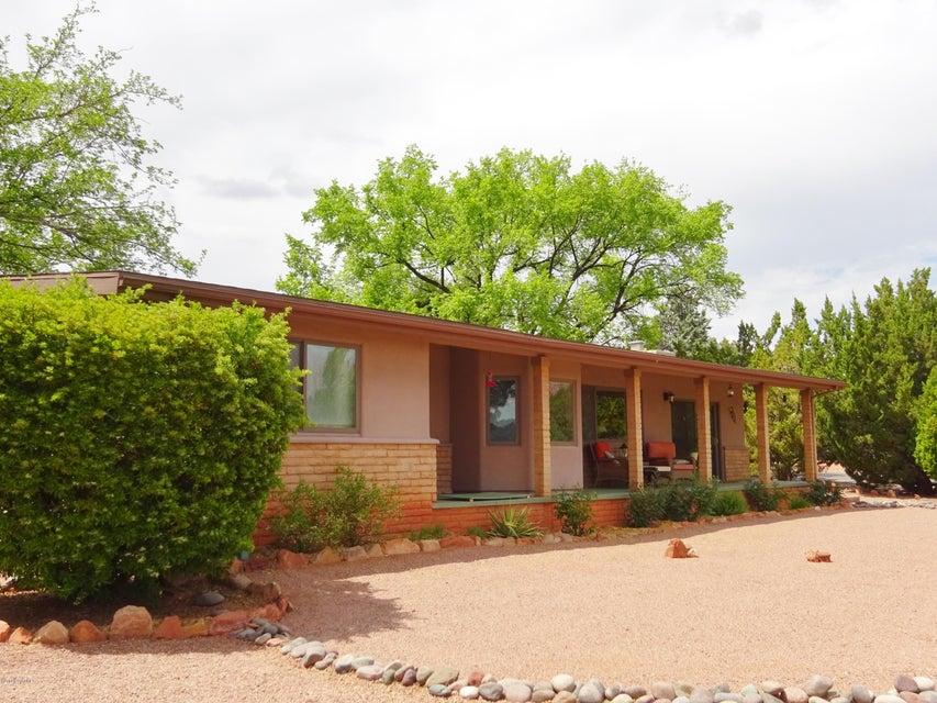 100  Arroyo Drive Sedona, AZ 86336