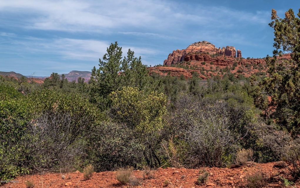 165 N Highland Sedona, AZ 86351