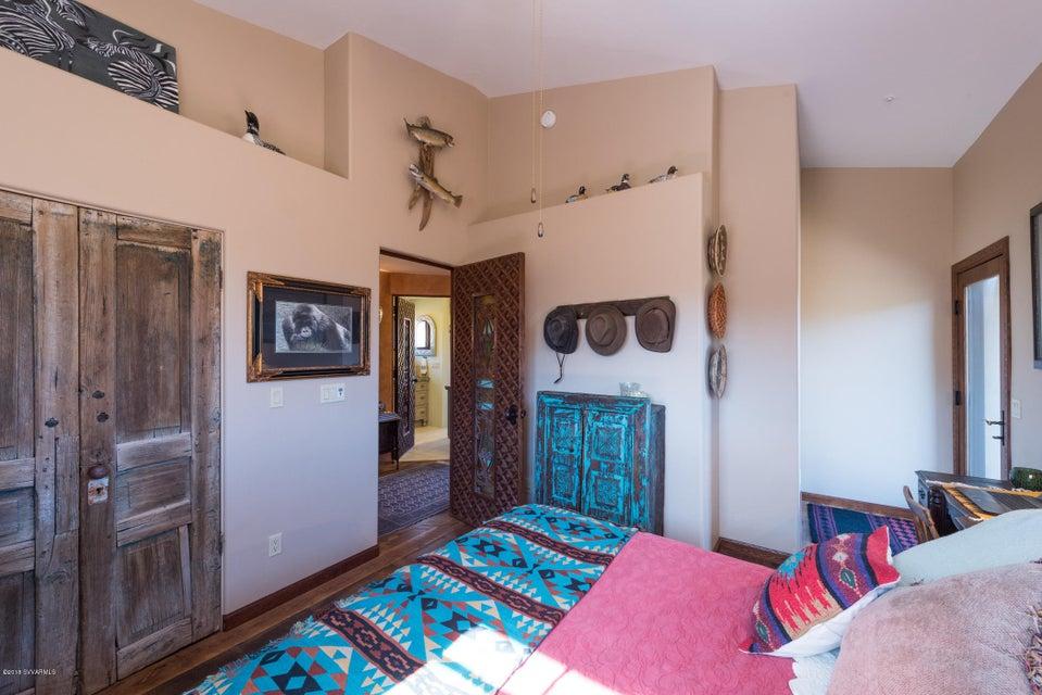 100  Calle Taza De Oro Sedona, AZ 86336