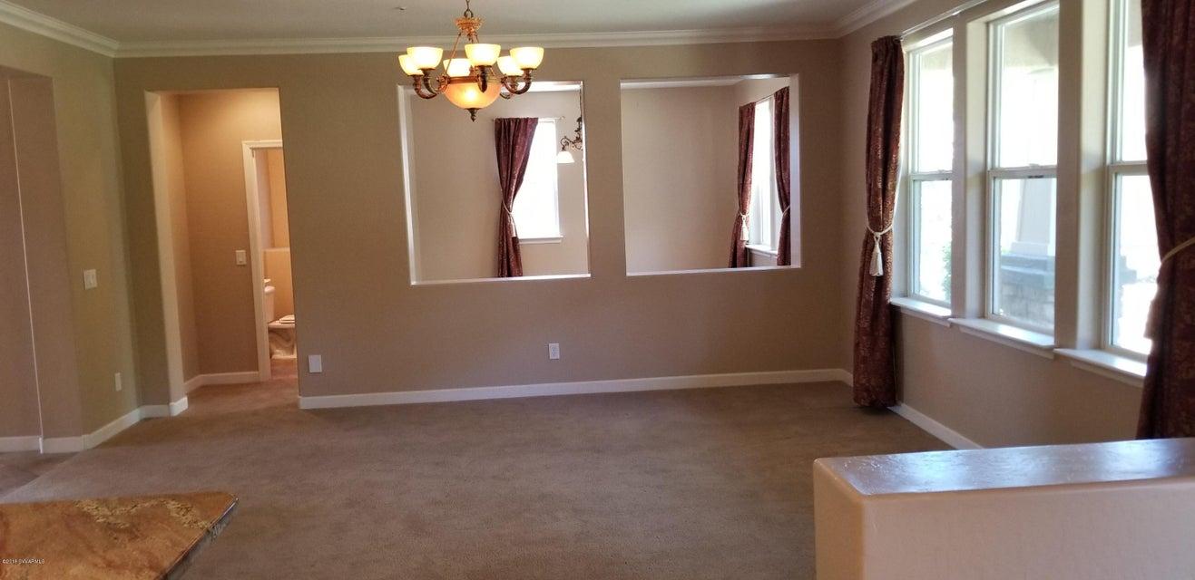 562 Mckinnon Rd Clarkdale, AZ 86324