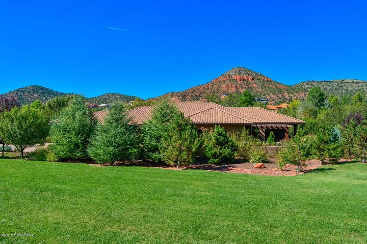 385 Cross Creek Circle, Sedona, AZ 86336