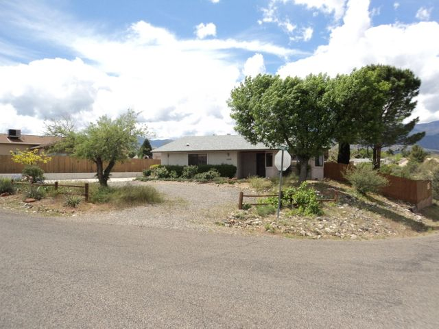 1748 S Broken Rock Drive, Cottonwood, AZ 86326