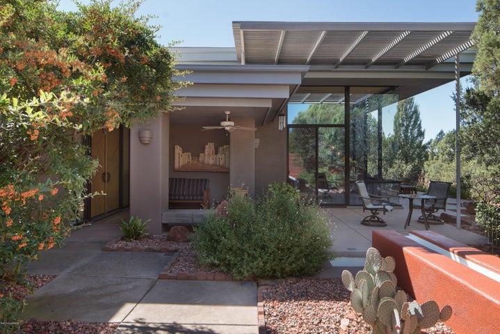 64 E Dove Wing Drive, Sedona, AZ 86336