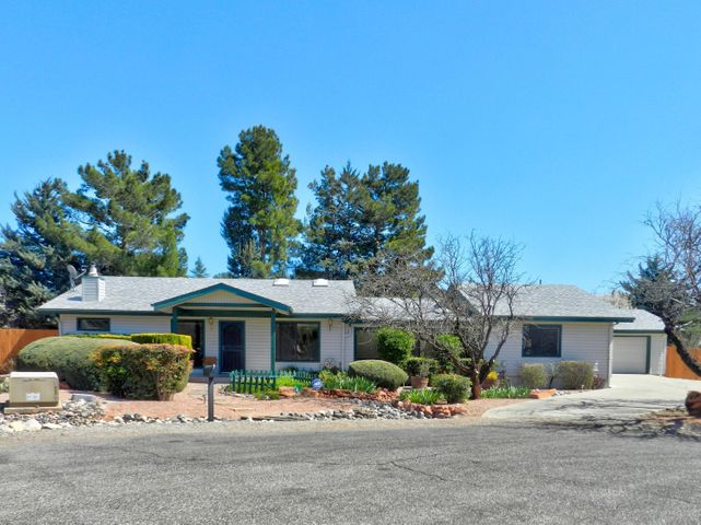 10 Broken Lance Way, Sedona, AZ 86351