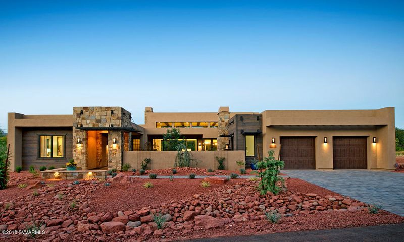 Enchantment plan with Rustic Contemporary exterior