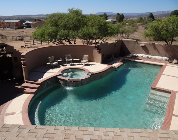 3.25 Acre Residential Farm/Ranch Oasis