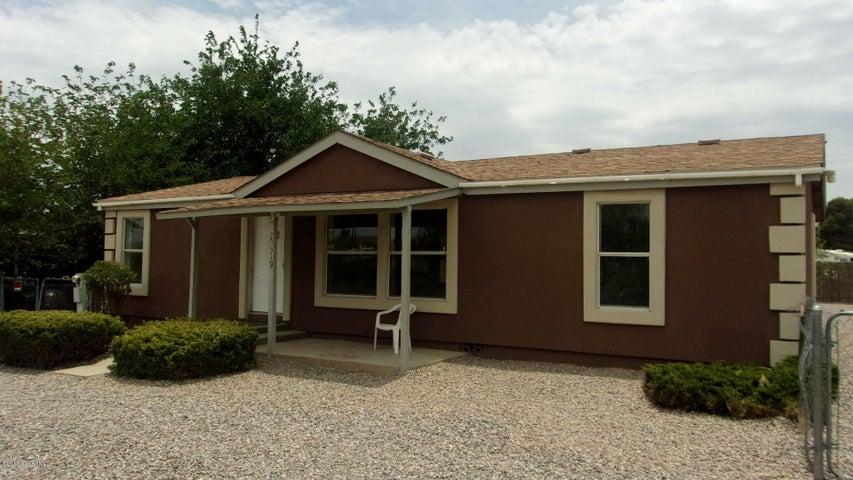 20519 E Prickly Pear Drive, Mayer, AZ 86333