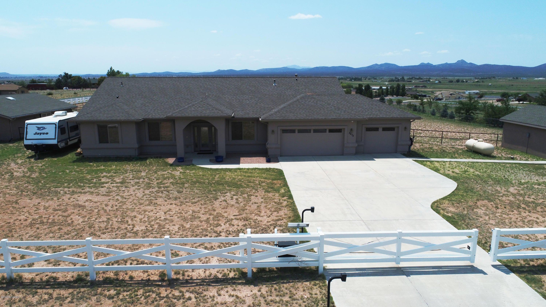 2475 W Malbec Drive, Paulden, AZ 86334