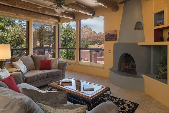 90 Valley View Drive, Sedona, AZ 86336