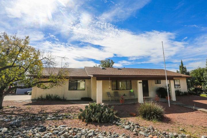 4560 N Fairway Drive, Rimrock, AZ 86335