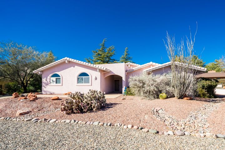 Nestled up against the Village of Oak Creek Country Club Golf Course and enjoying red rock views.