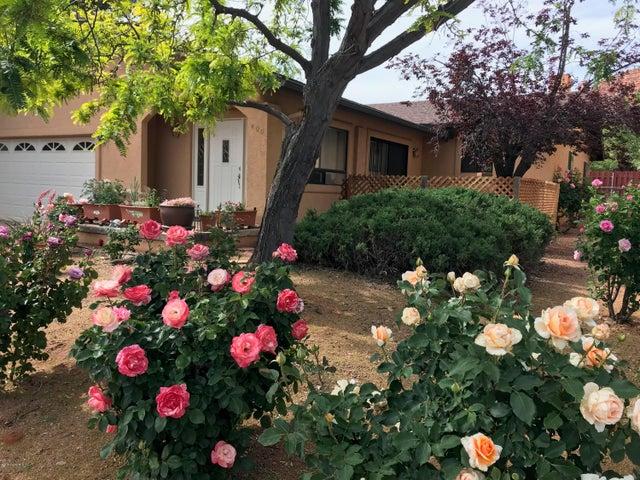 400 Fairway Oaks Drive, Sedona, AZ 86351
