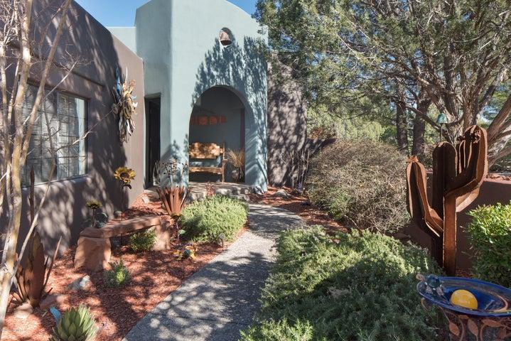 230 Morgan Drive, Sedona, AZ 86351