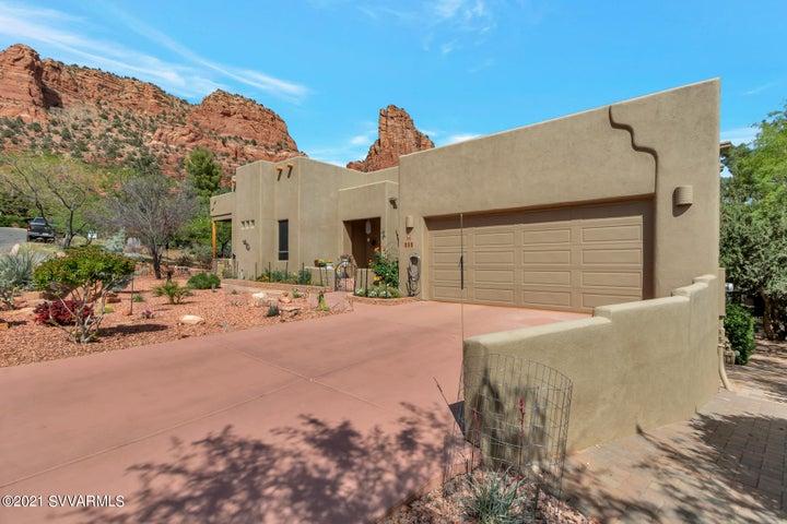 215 Devils Kitchen Drive, Sedona, AZ 86351