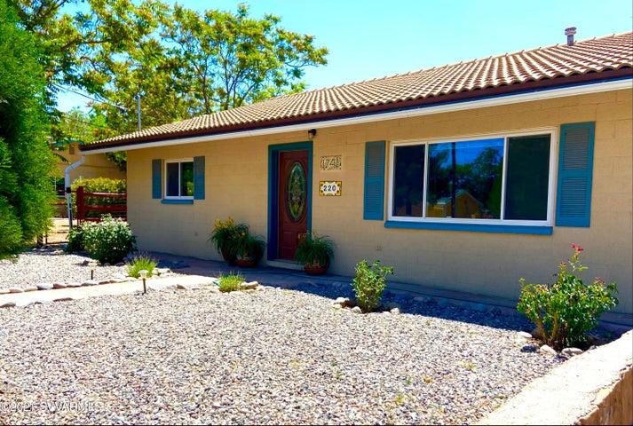220 S 17th Place, Cottonwood, AZ 86326