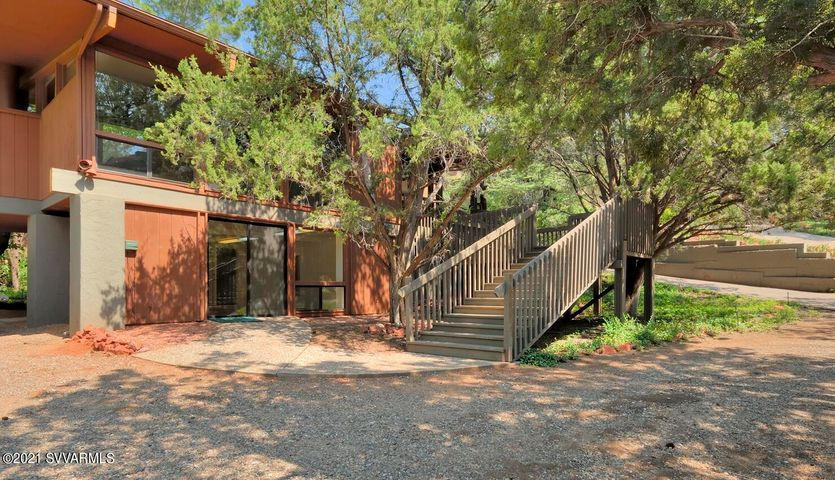 1960 Iris Lane, Sedona, AZ 86336