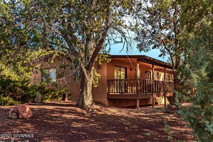 1945 Maxwell House Drive, Sedona, AZ 86336