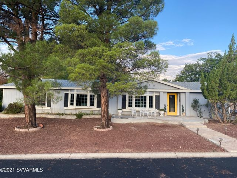 10835 E Oak Creek Valley Drive, Cornville, AZ 86325